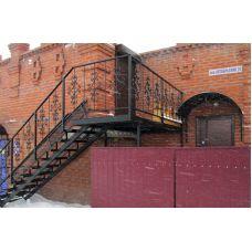 Лестница на двух косоурах 11