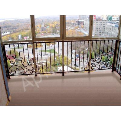 Ограждение балкона с художественной ковкой