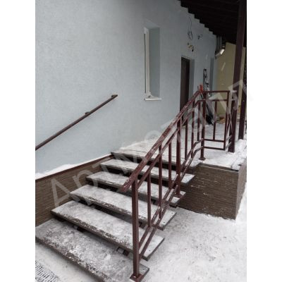 Лестница уличная для частного дома