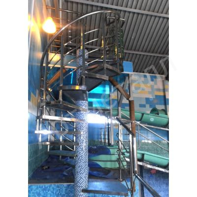 Лестница винтовая из нержавейки 2