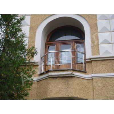 Балконное ограждение из неражвейки