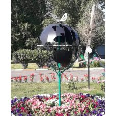 Арт объект «шар земной»
