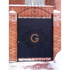 Современные двери с коваными элементами